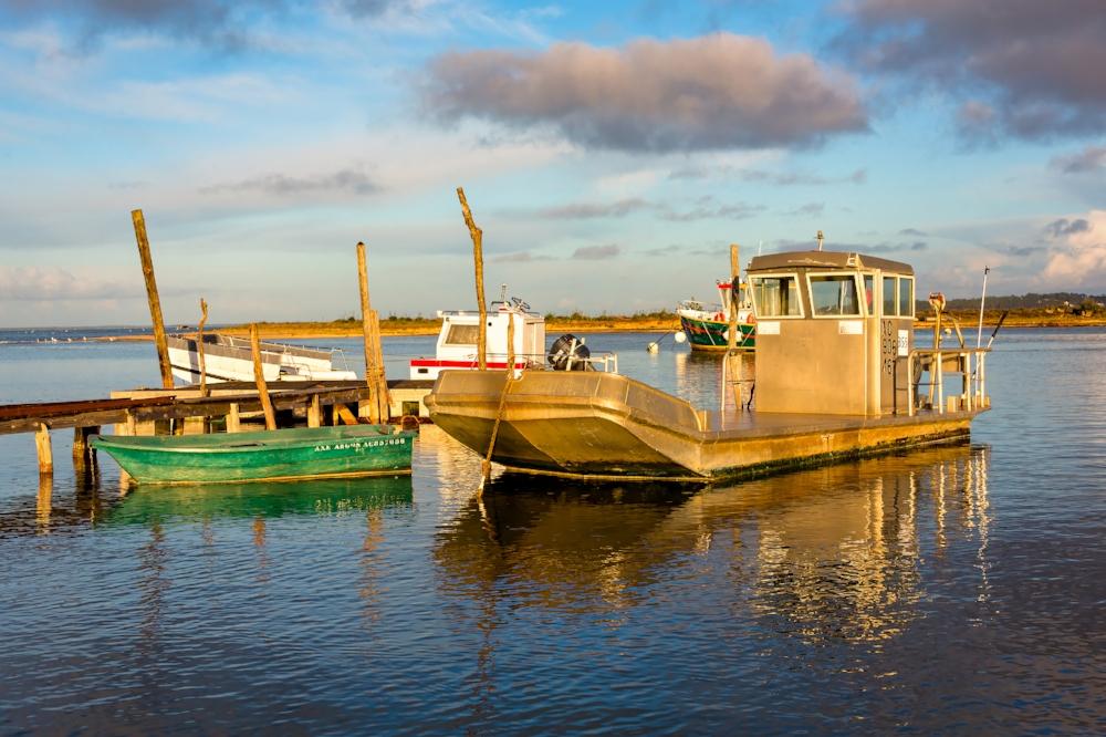 Bateaux au bord du bassin d'Arcachon BA17