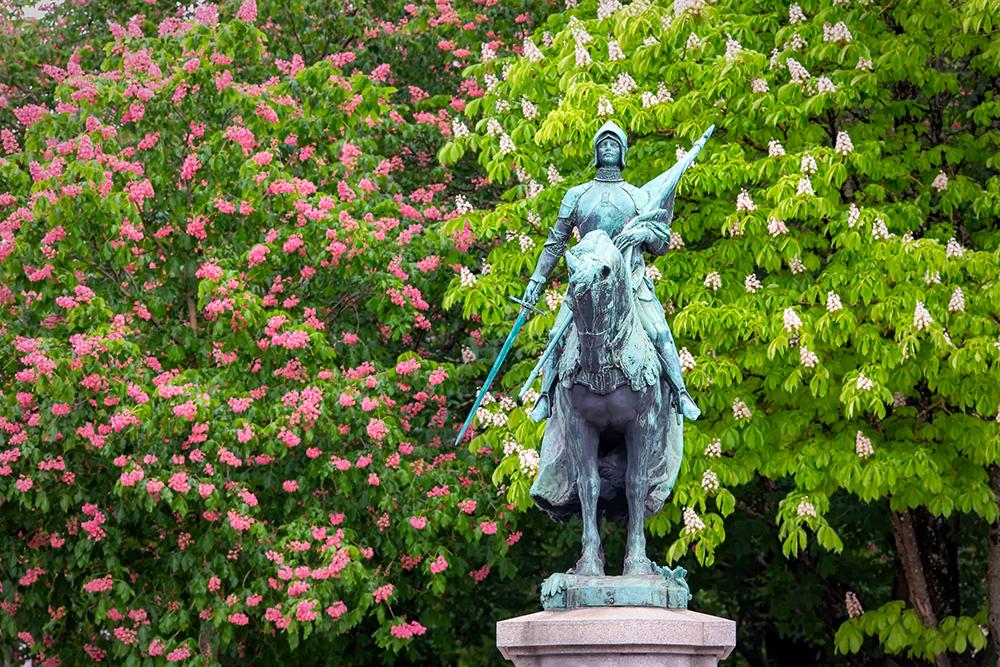 Statue Jeanne d'Arc à Bordeaux N° B18