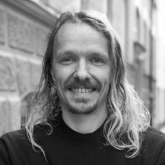 Hannes Widoff - Key Accounts & Project Manager - hannes@loveartbusiness.se