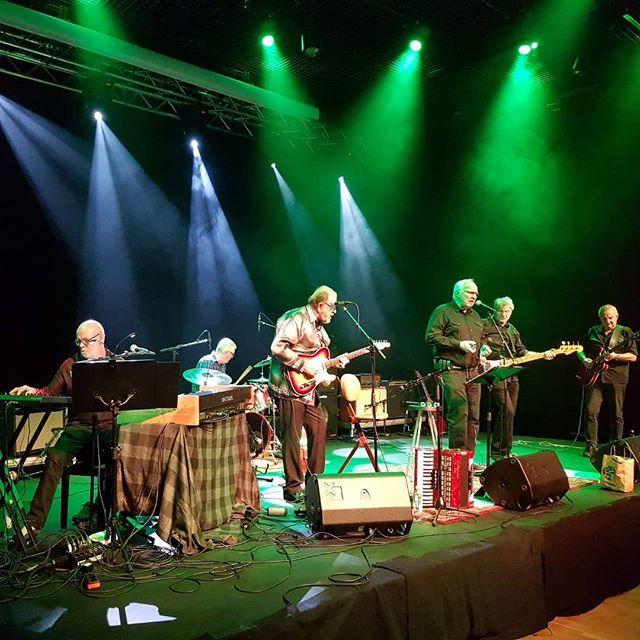Topp stemning med Rullator Boogie Band på.scenen i dag! #kulturdalen #stovnerlove #stovner