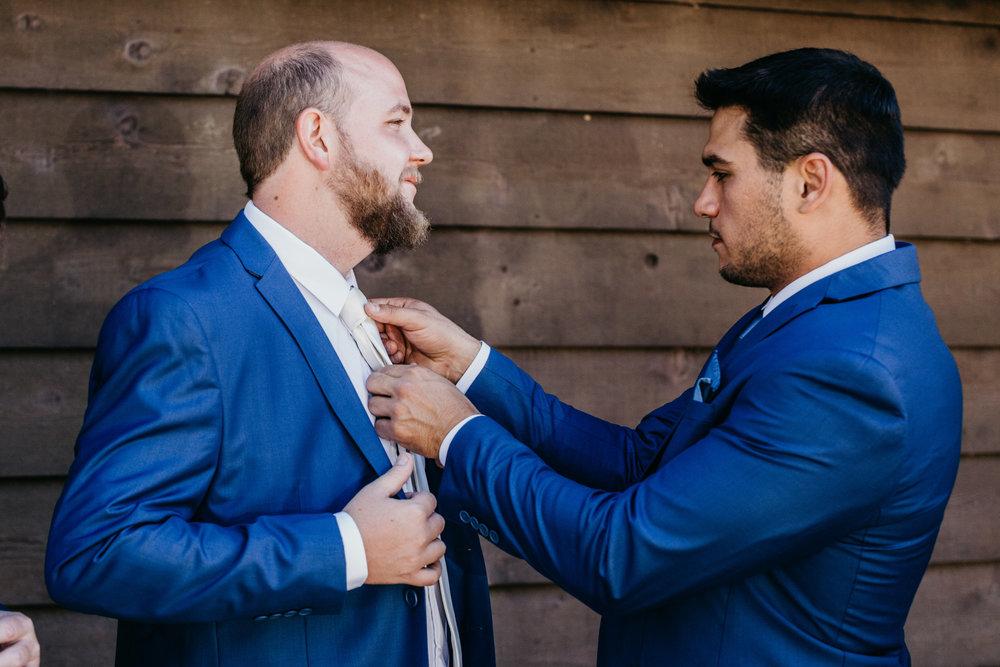 DianaLakePhoto-L+M-San-Diego-Wedding-Groomsmen09.jpg