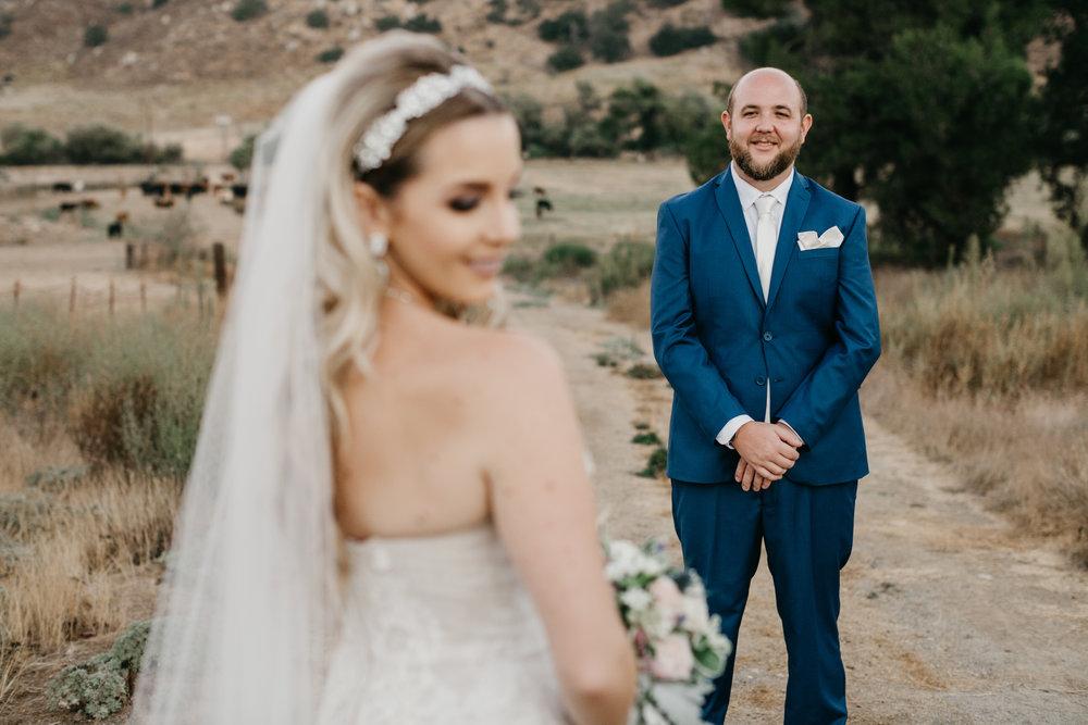 DianaLakePhoto-L+M-San-Diego-Wedding-Mr&Mrs60.jpg
