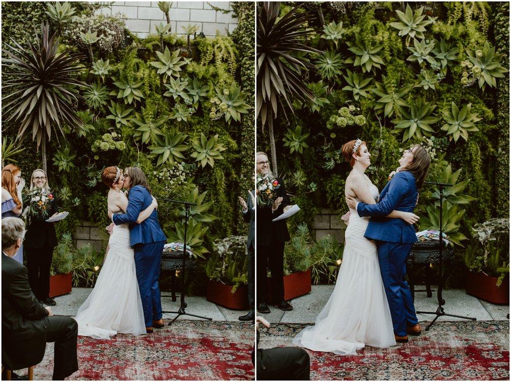 Smogshoppe-Wedding-S+C-Diana-Lake-Photography-560.jpg
