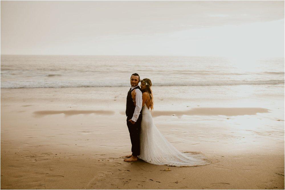 Crystal-Cove-Wedding-I&S-Diana-Lake-Photography-1079.jpg