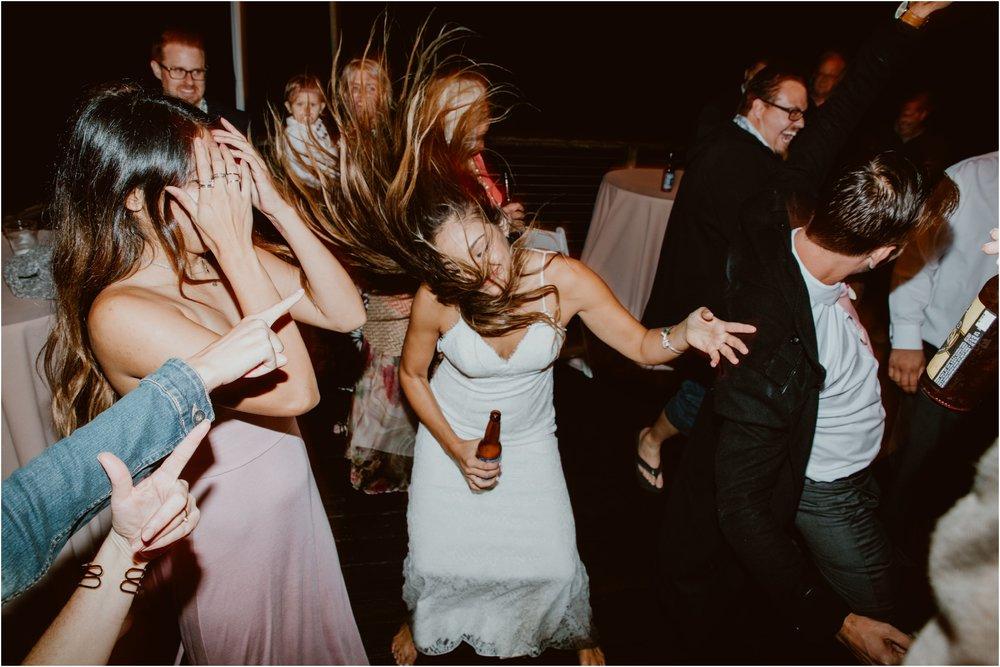 Crystal-Cove-Wedding-I&S-Diana-Lake-Photography-1407.jpg