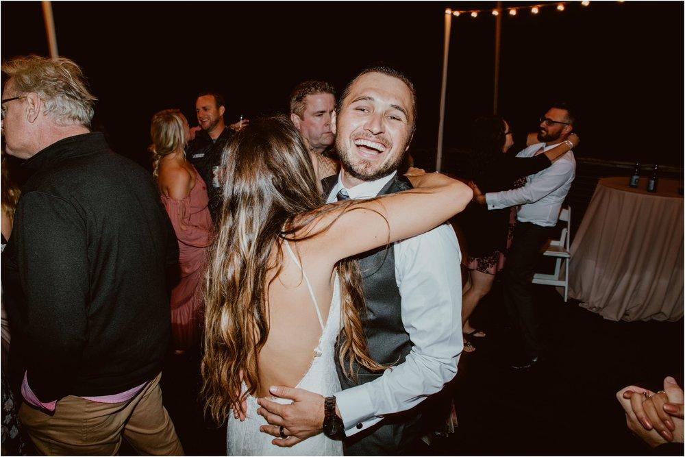 Crystal-Cove-Wedding-I&S-Diana-Lake-Photography-1424.jpg