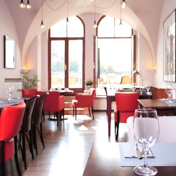 HOTELY & RESTAURACE - Sluzby - Ambience Design Praha