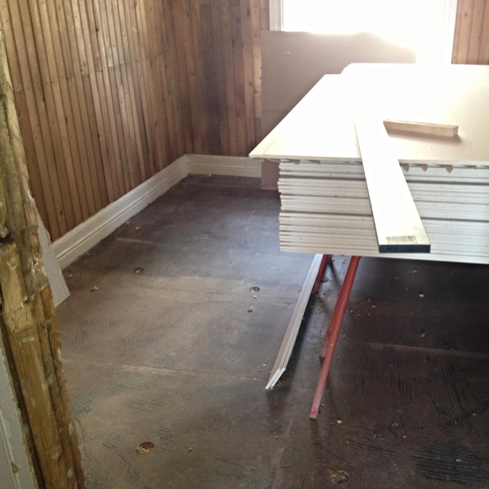 Vi etterisolerer alle typer gulv i Trøndelag