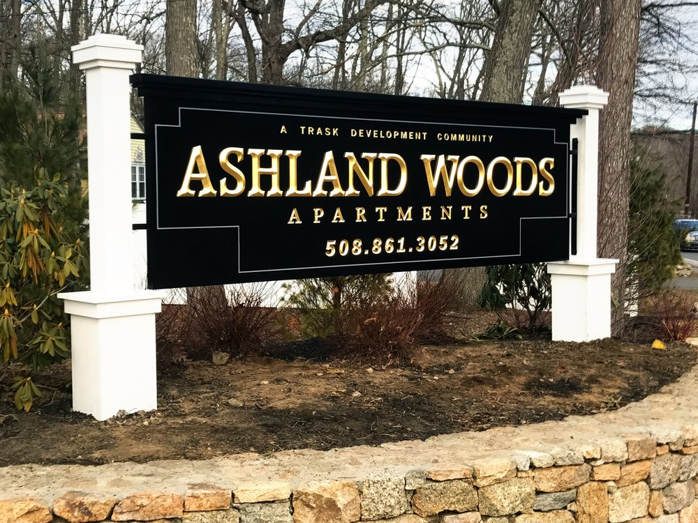 Ashland Woods Entrance.JPG