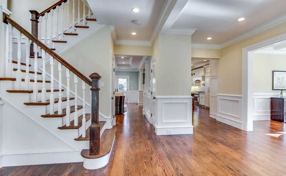 9_Foyer-Area-Staircase.jpg