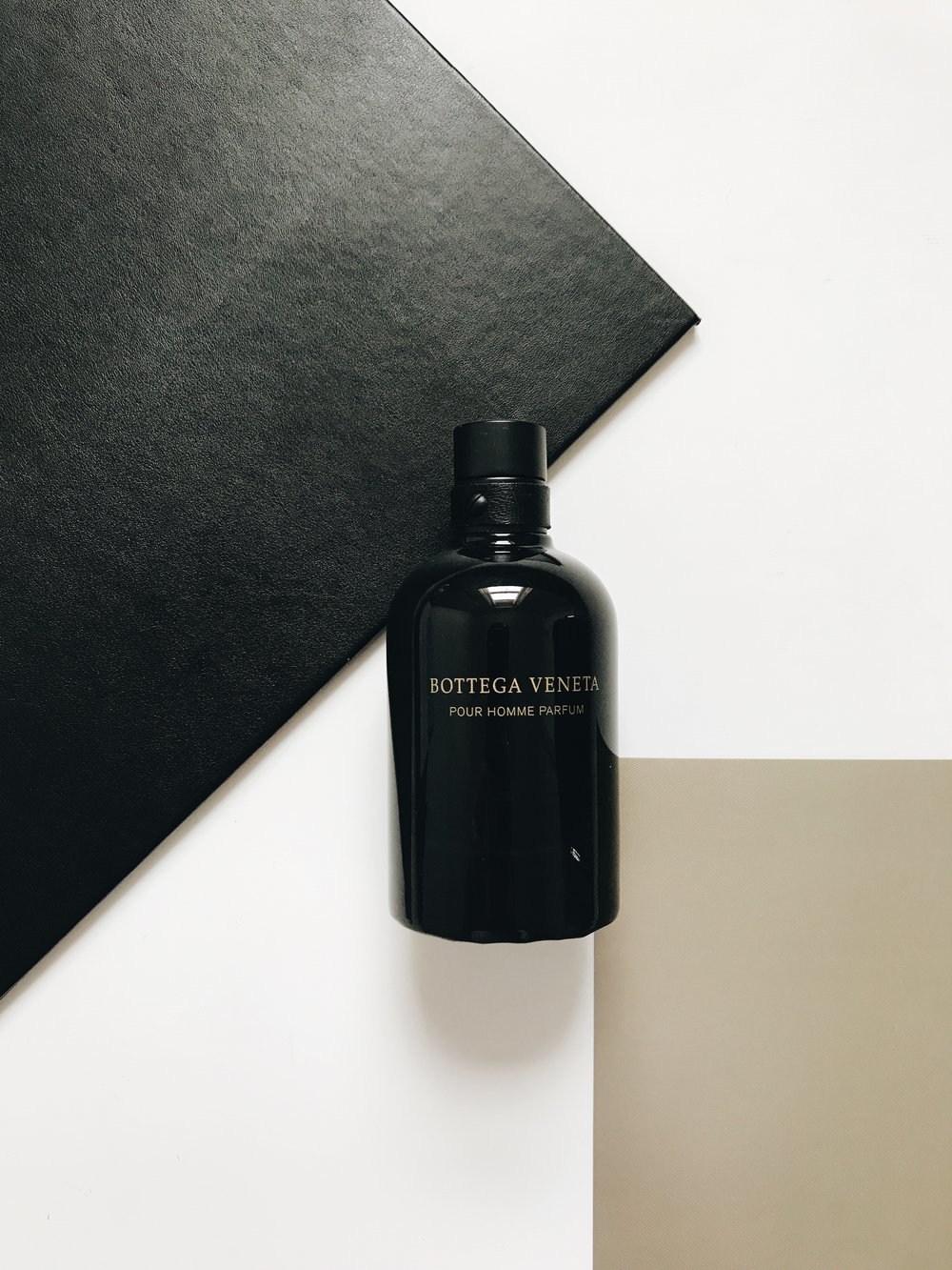 BOTTEGA VENETA POUR HOMME PARFUM - Top Notes: Calabrian Bergamot, Siberian Pine, JuniperMiddle Notes: Pimento, Canadian Fir, Clary SageBase Notes: Labdanum, Leather, PatchouliSophisticated, bold and classic. The opening begins with a refreshing citrusy feel that very quickly dries down into a woody, earthier type of scent. The Juniper and Siberian Pine notes blend perfectly together and add a real masculine touch!The longevity of Pour Homme lasted for up to 6 hours upon my skin and I feel is definitely worth wearing during a night time as it could be a little overpowering throughout the day. (A little side note, if you like Tom Ford's discontinued Italian Cypress, then you may like this one...)Pour Homme is available to purchase here.