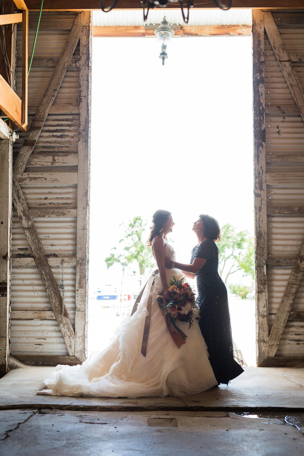 Amarillo wedding design by Parie Designs