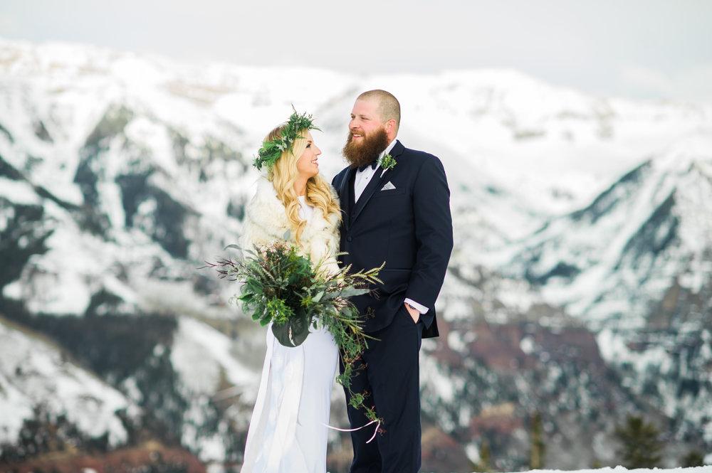 Telluride snow wedding Parie designs green wedding, green bouquet featuring Grevillea, Jasmine, seeded Eucalyptus, Elkhorn Moss, Assorted Chilean Ferns