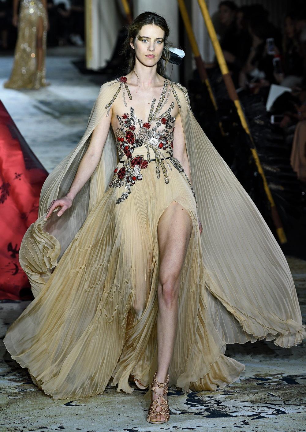 Paris haute couture s s 2018 zuhair murad 4to4u for Haute couture clients