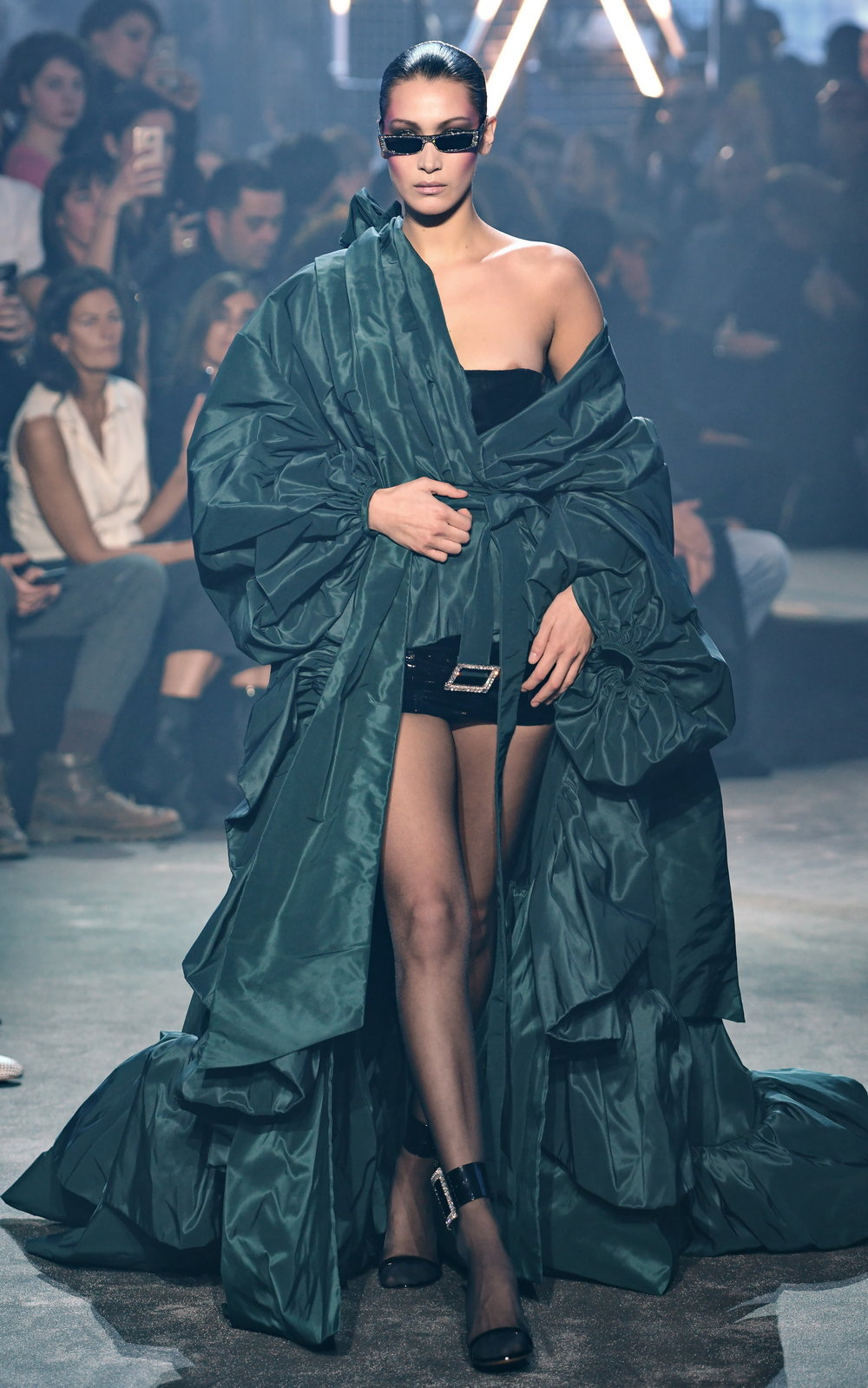 Alexandre Vauthier  Runway - Paris Fashion Week - Haute Couture 4to4u Arthur Koff bella hadid.JPG