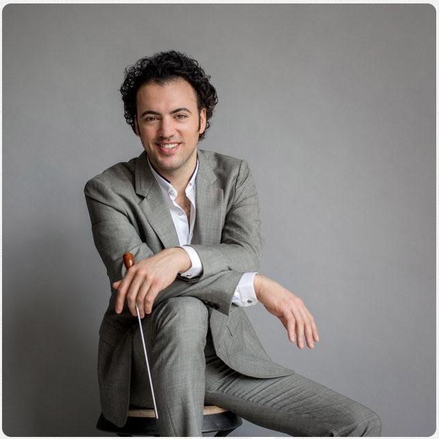Conductor Eric Jacobsen