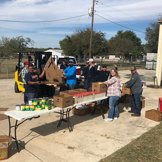 Our South Texas teams worked hard to box up and donate Thanksgiving dinners this week. We love giving back to our communities, and passing the blessings we have received on to others. #happythanksgiving #pegasusgivesback