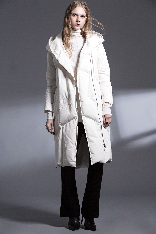 Coat JD10007 /Sweater JD06413 /Pants JD52388