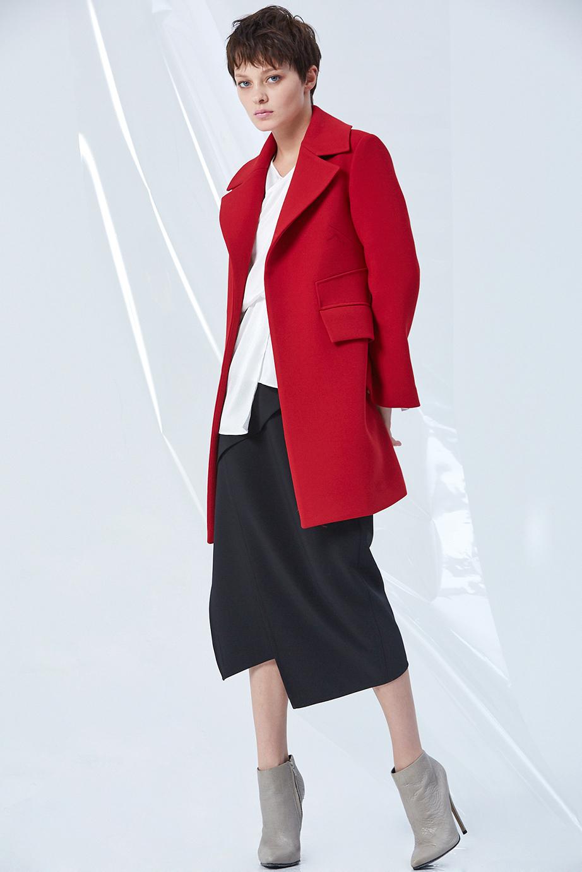 Coat GC01103 | Top GC13189 | Skirt GC03262