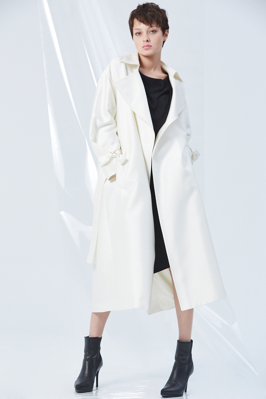 Coat GC07067 | Dress GC04323