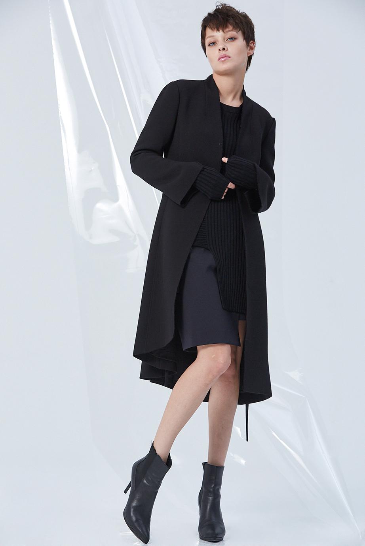 Coat GC08065 | Sweater GC06375