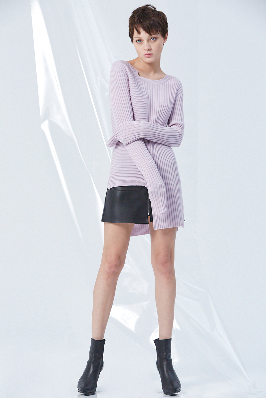 Sweater GC06375 | Skirt GC63433