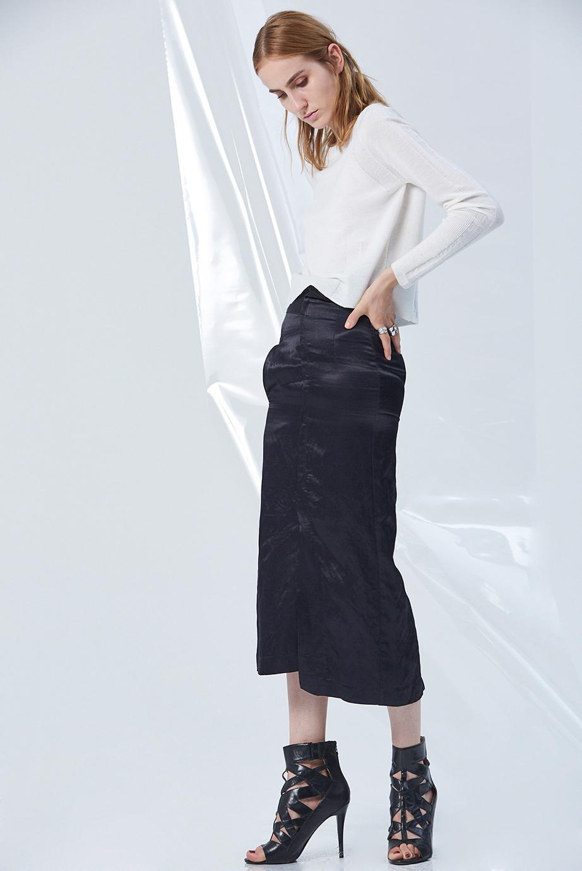 Top GC06385 | Skirt GC03261