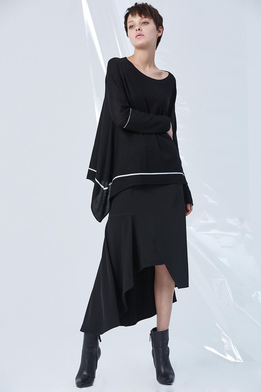 Top GC06393 | Skirt GC03258