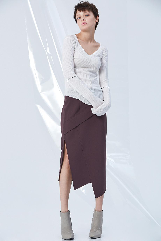 Top GC06413 | Skirt GC03262