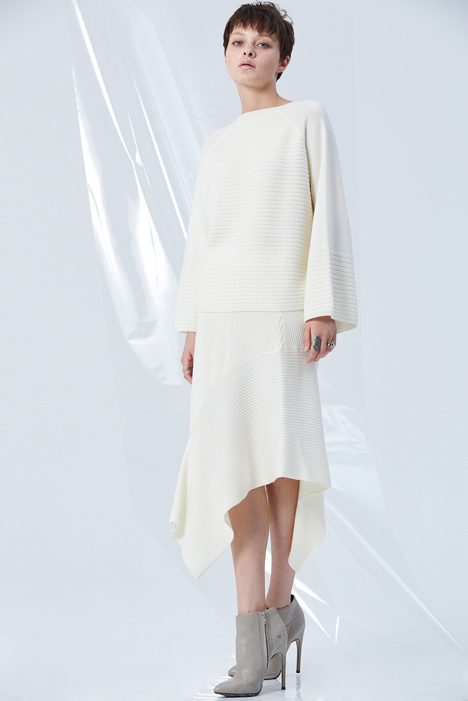 Top GC06418 | Skirt GC53379