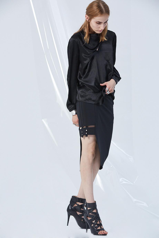 Top GC13181 | Skirt GC03265
