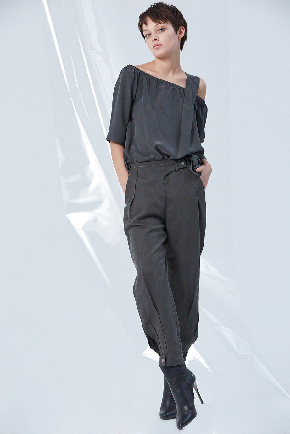 Top GC13183 | Pants GC02309