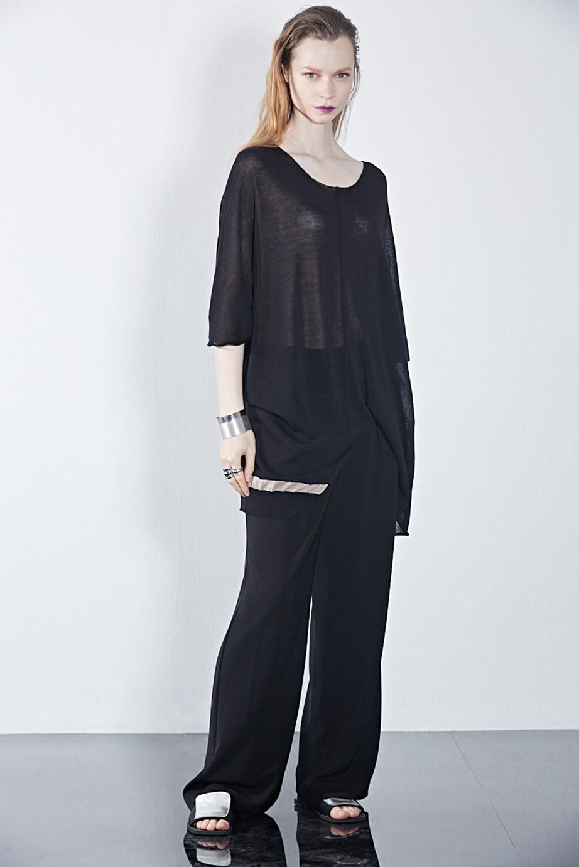 Sweater GX06392 | Pants GX02295