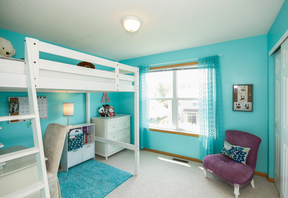 18 Bedroom 1.jpg