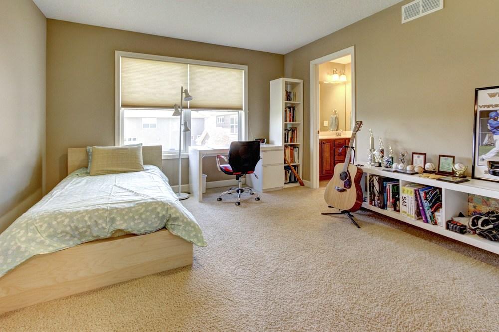 024_Upstairs Bedroom 2.jpg