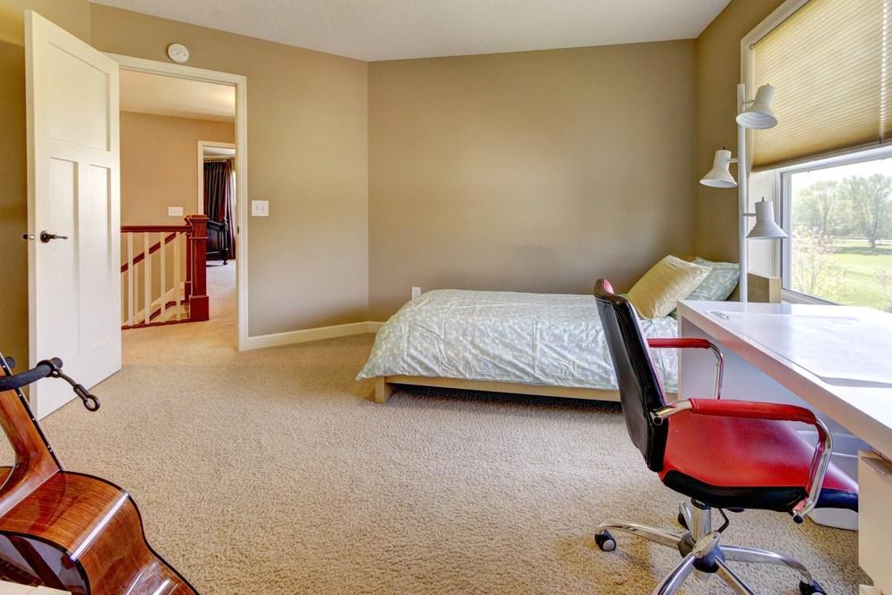 025_Upstairs Bedroom 2.jpg