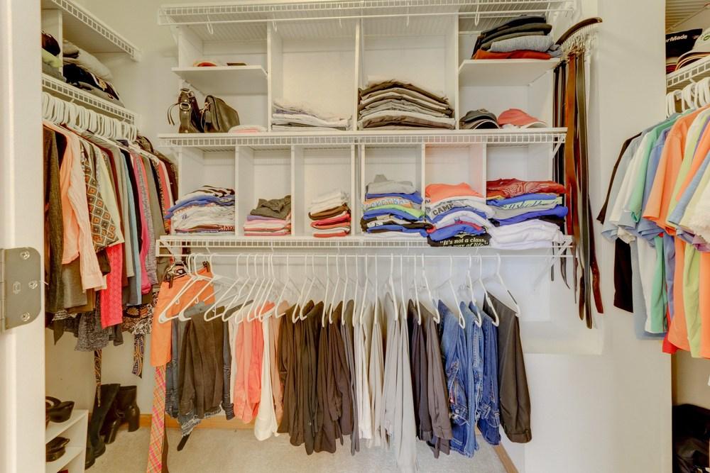 018_Large Closet .jpg