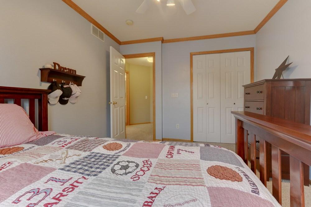 023_Upstairs Bedroom 3.jpg