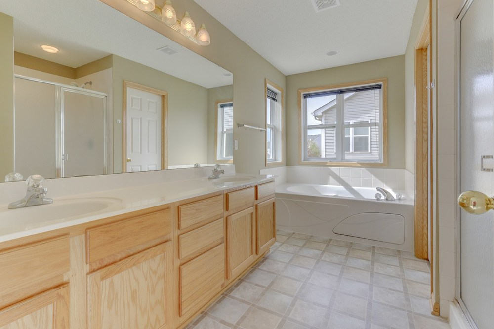 021_Master Bathroom.jpg