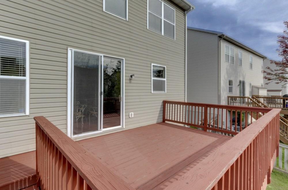 033_Large Deck.jpg
