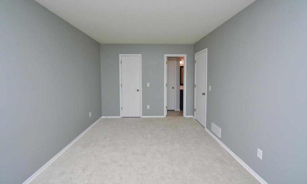 13721 86th Avenue N Maple-large-007-7-Bedroom-1500x899-72dpi.jpg
