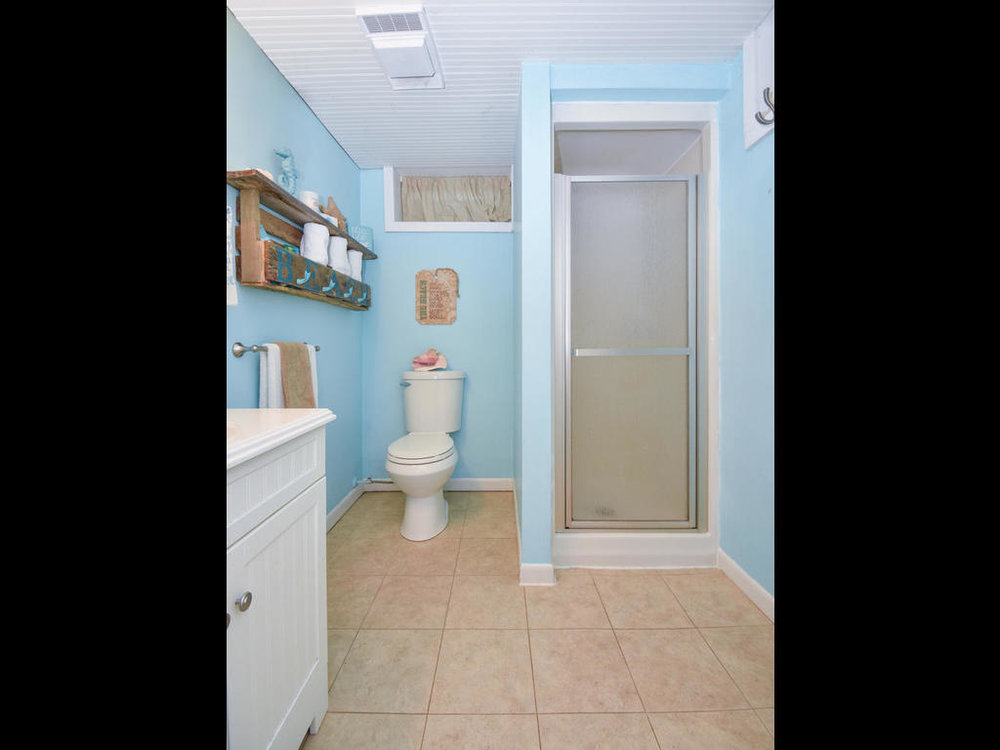 11719 89th Street NW Annandale-MLS_Size-024-13-Bathroom-1024x768-72dpi.jpg