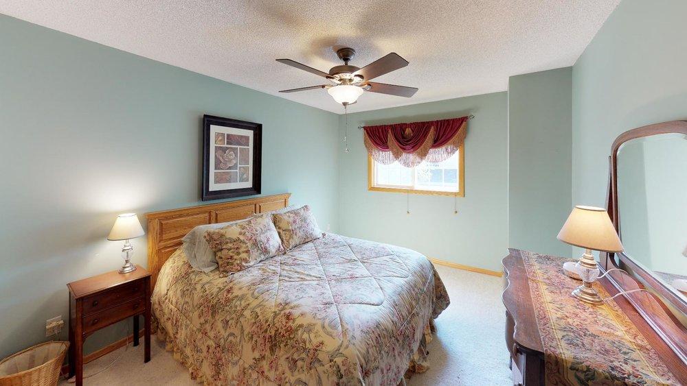 60th-nre-Bedroom(2).jpg