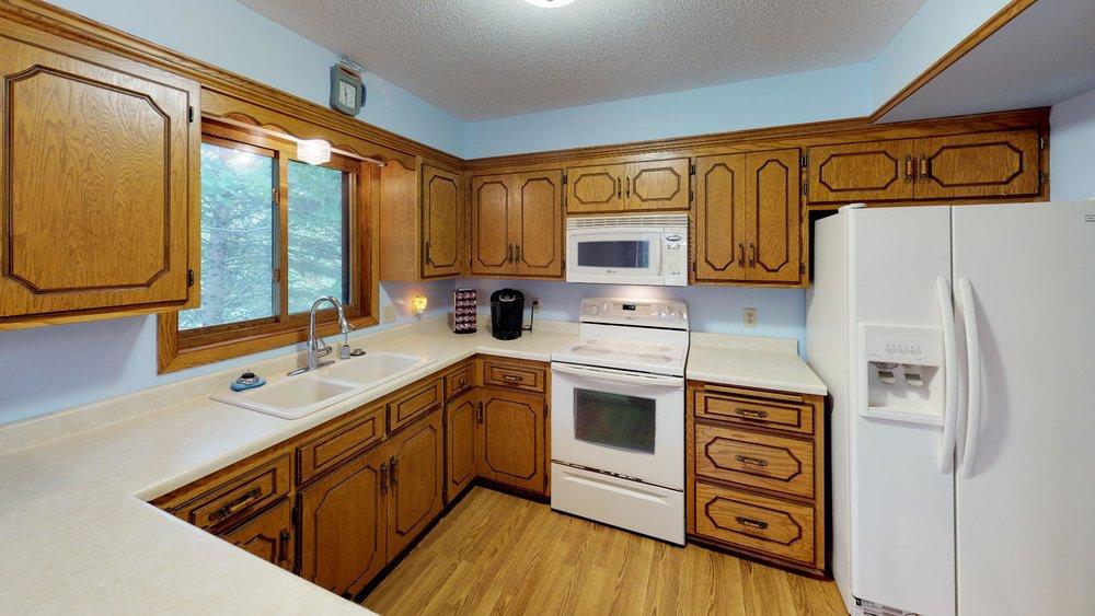 51st_nre-Kitchen.jpg