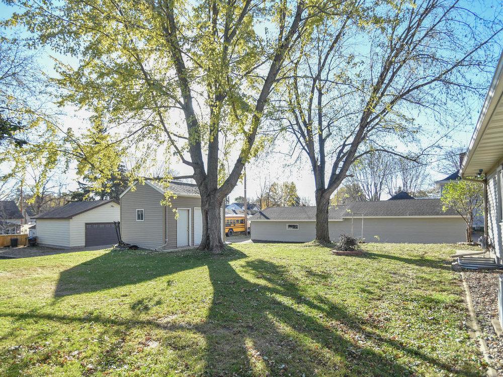 345 Oak Ave N Annandale MN-006-24-Yard-MLS_Size.jpg