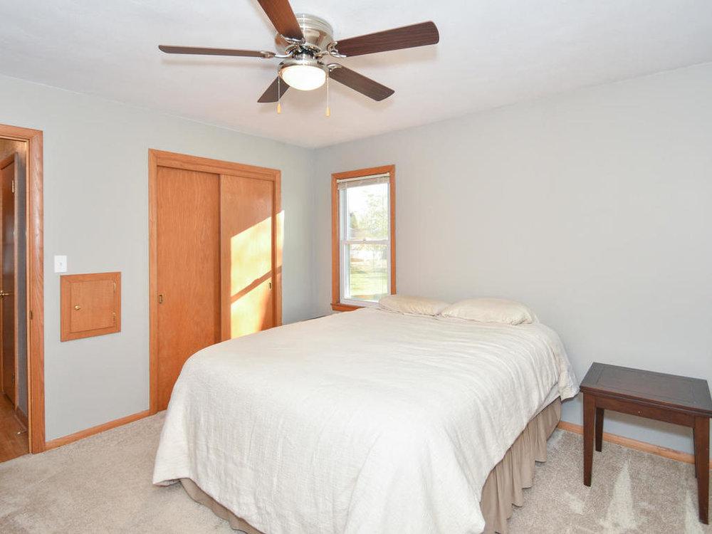 345 Oak Ave N Annandale MN-017-7-Bedroom-MLS_Size.jpg