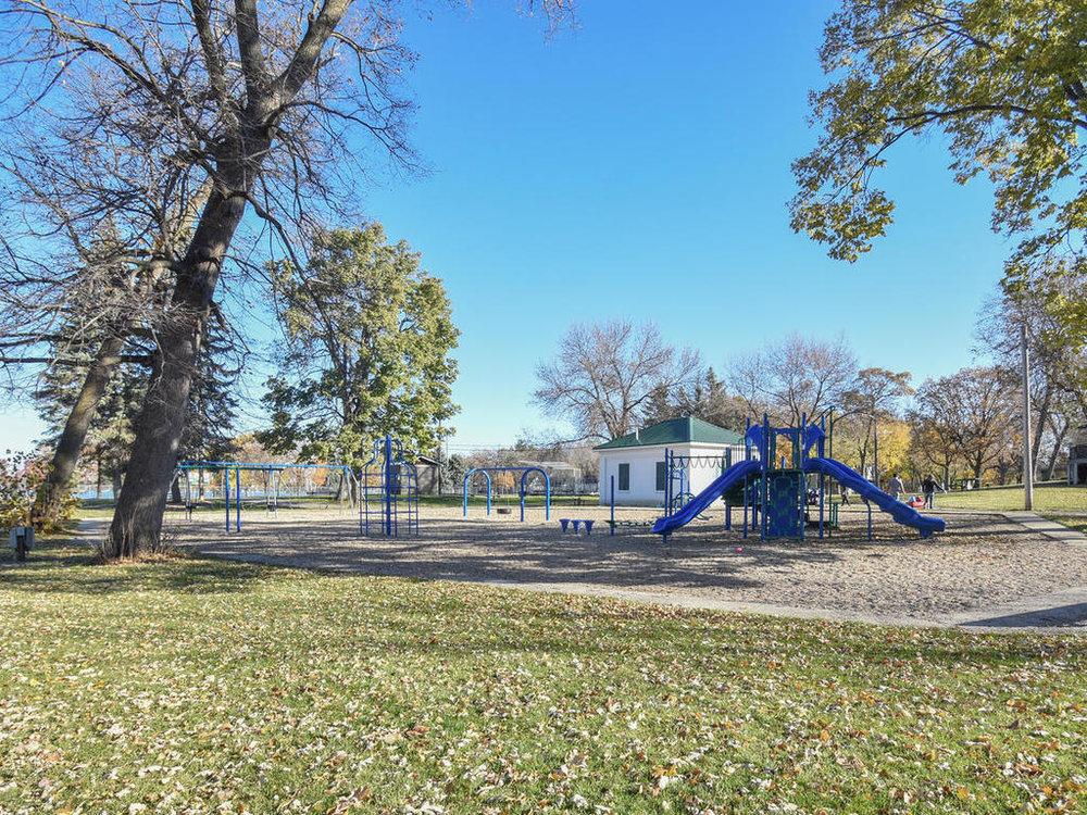 345 Oak Ave N Annandale MN-023-18-Neighborhood Park-MLS_Size.jpg