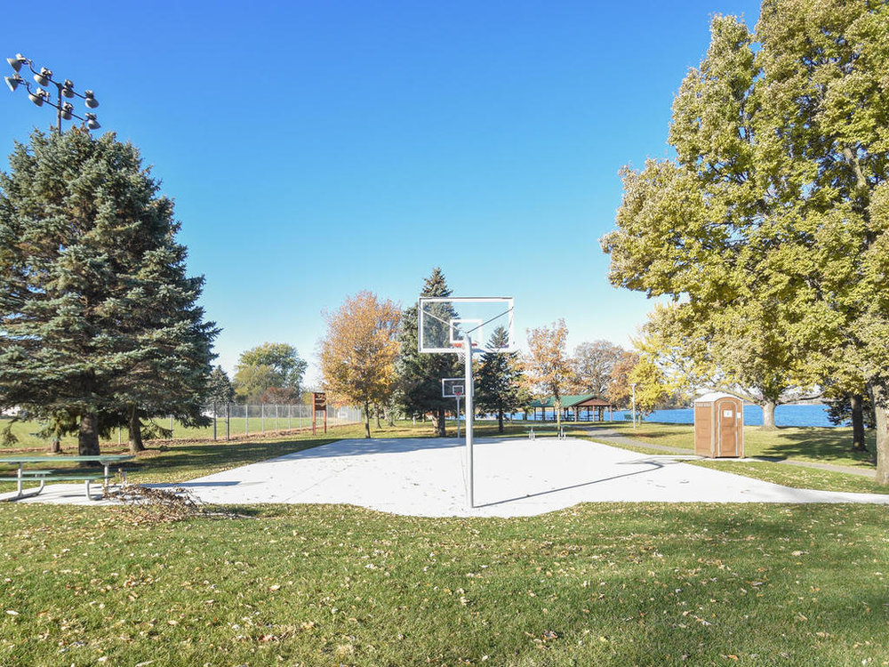 345 Oak Ave N Annandale MN-025-1-Neighborhood-MLS_Size.jpg