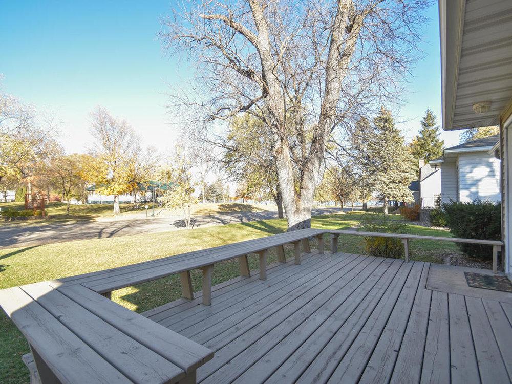 345 Oak Ave N Annandale MN-007-25-Deck-MLS_Size.jpg