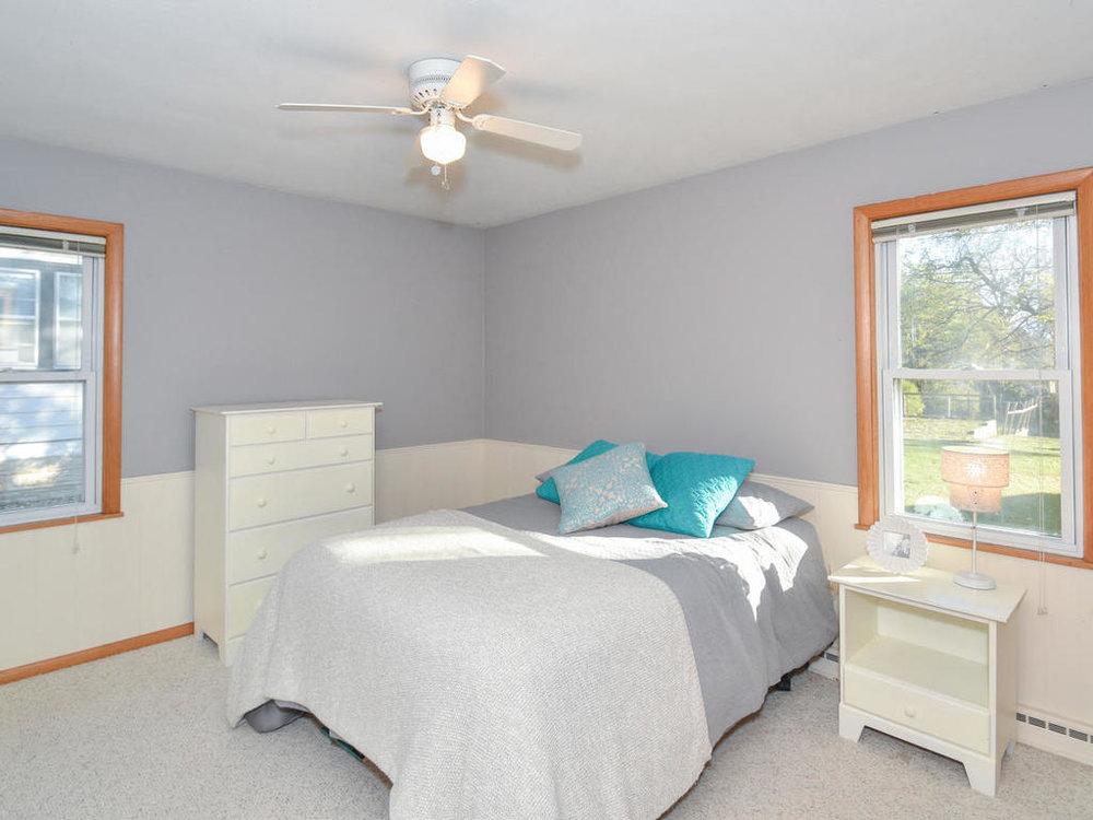 345 Oak Ave N Annandale MN-016-3-Bedroom-MLS_Size.jpg